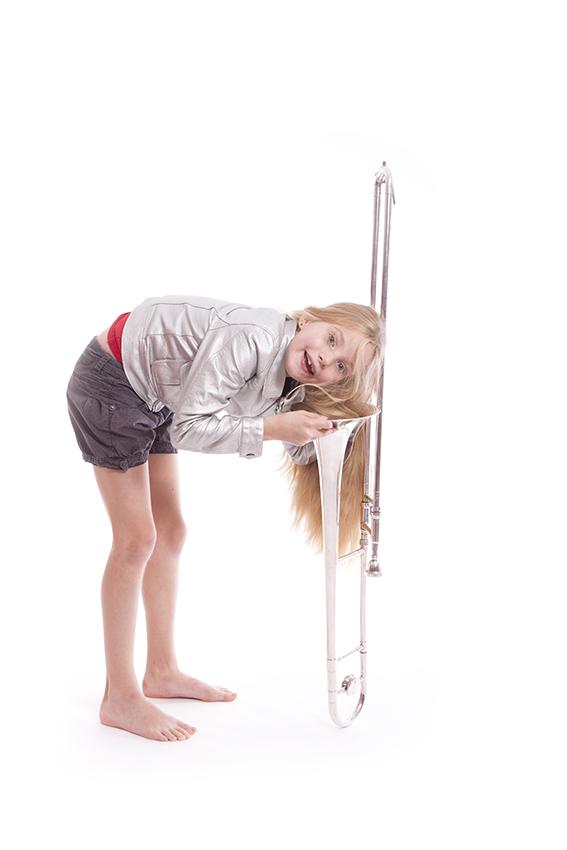 Meisje met trombone